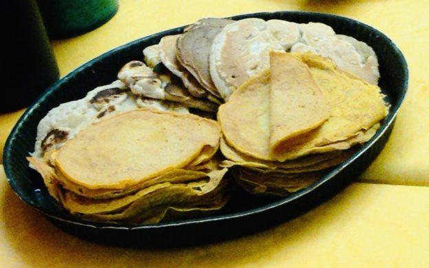 recette de cuisine anti-gaspi des pancakes au reste de fruits