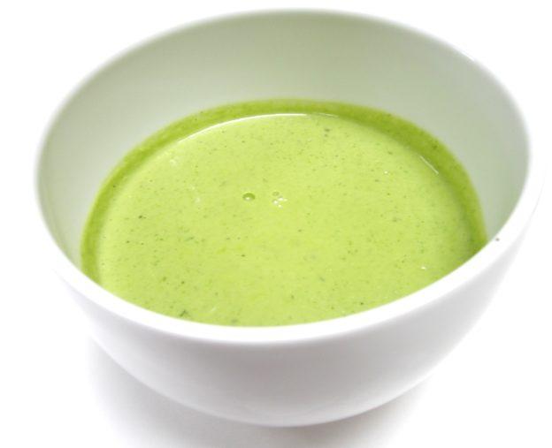 Sauce yaourt et salade anti gaspi Aux Goûts Du Jour